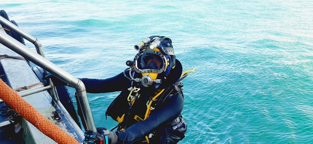 Full Gear Underwater Survey and Inspection